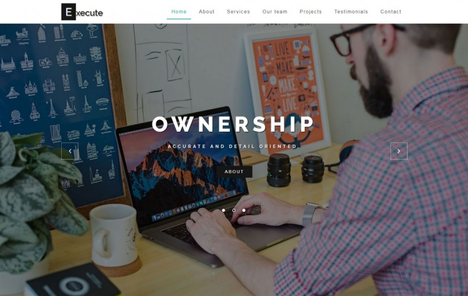 Execute Business Category Bootstrap Responsive Web Template